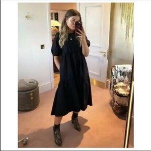 Black puff sleeve poplin dress